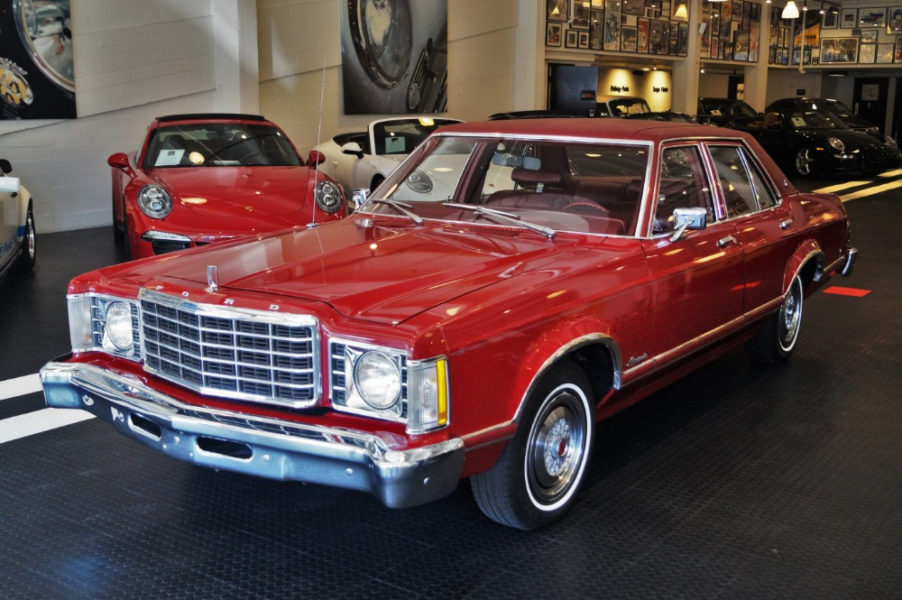 used 1976 ford granada ghia for sale 8 990 cars. Black Bedroom Furniture Sets. Home Design Ideas