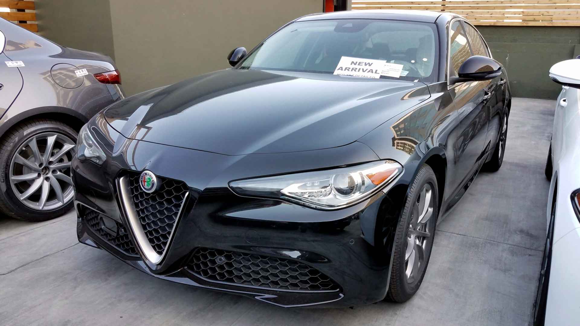 2017 alfa romeo giulia stock a171033 for sale near san francisco ca ca alfa romeo dealer. Black Bedroom Furniture Sets. Home Design Ideas