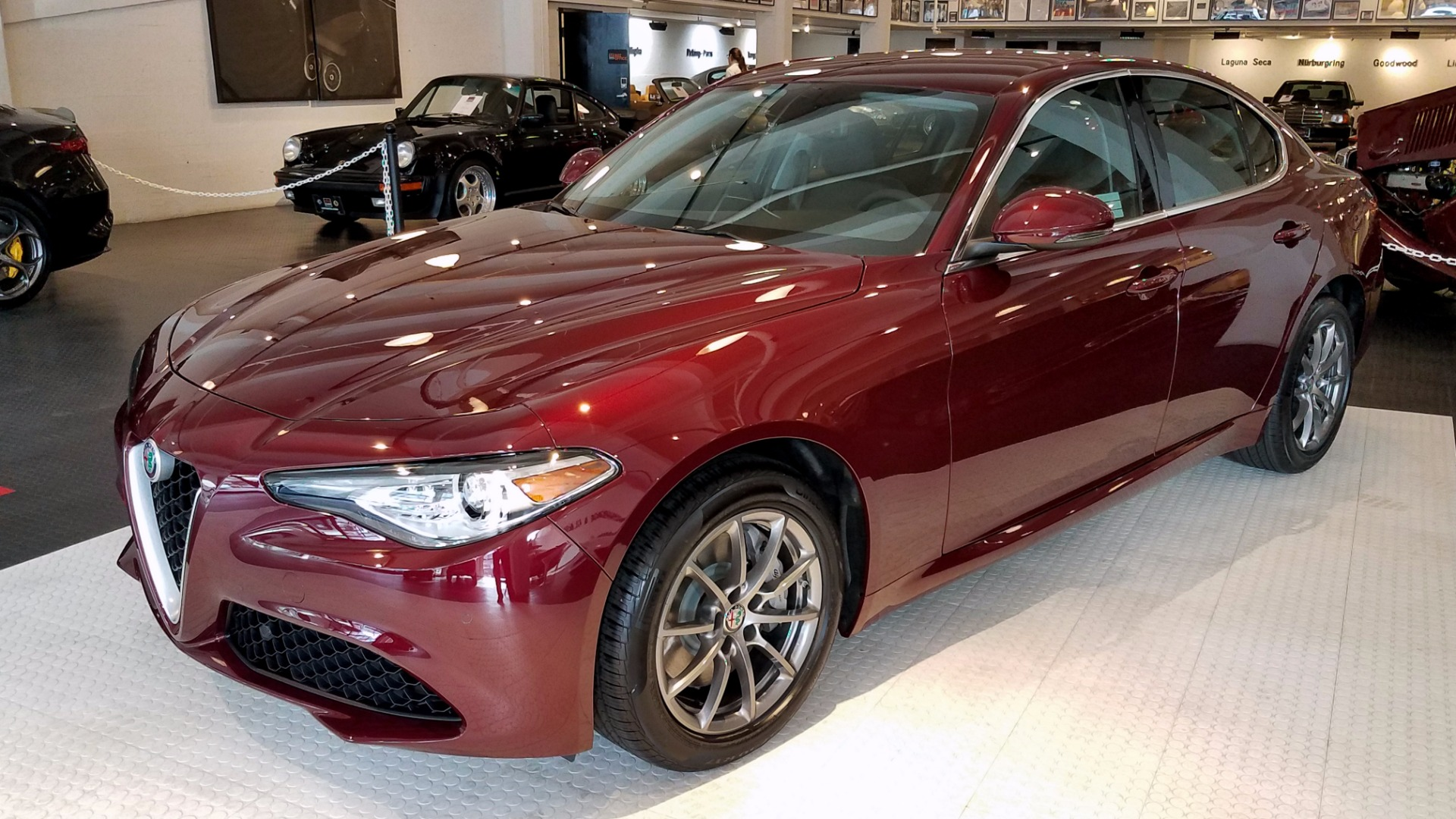 2017 alfa romeo giulia q4 stock a171051 for sale near san francisco ca ca alfa romeo dealer. Black Bedroom Furniture Sets. Home Design Ideas